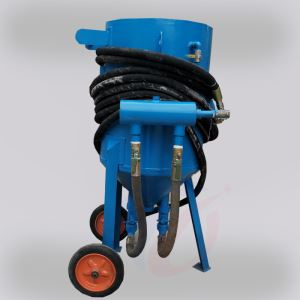 Mobile sandblasting machine