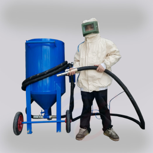 Rust removal sandblasting machine